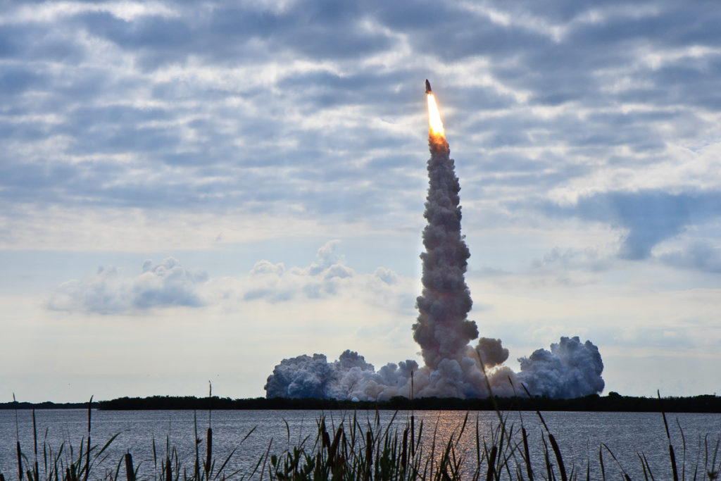 space shuttle endeavour launch sts-134